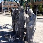 Fremont Interurban w dogs